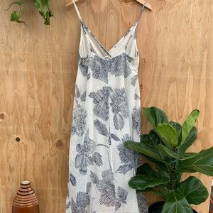 lovestitch Dresses - White Blue Floral Print Dress